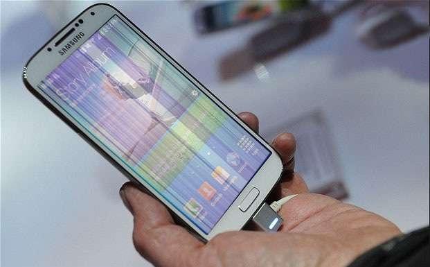 Hiện tượng điện thoại Samsung bị lỗi màn hình sọc dọc