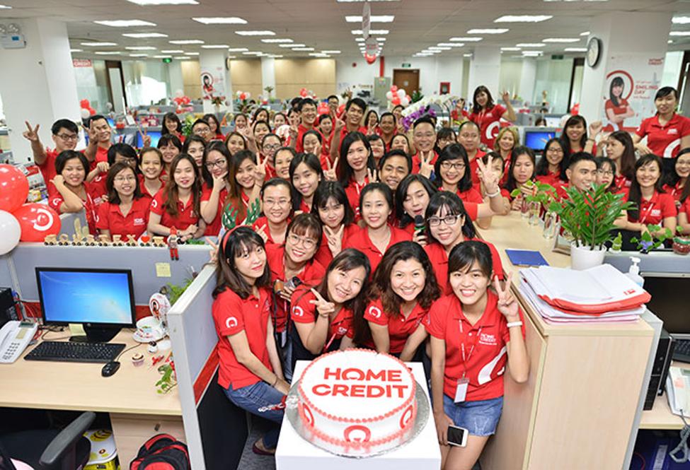 Home Credit phát triển mạng lưới rộng khắp và đội ngũ nhân viên chuyên nghiệp