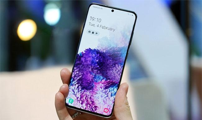 Thiết kế màn hình Galaxy S20 Ultra có gì đặc biệt?