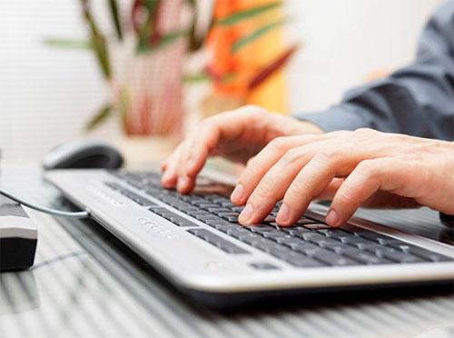Lỗi bàn phím do năng lượng pin cung cấp cho máy tính bị yếu